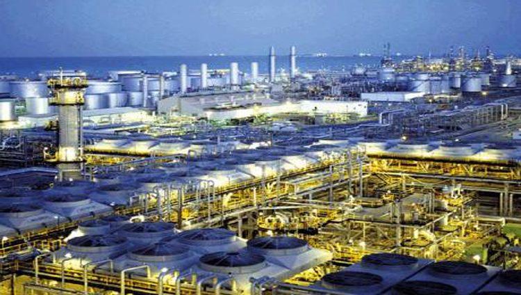 «أدنوك» و «أرامكو» توقعان اتفاقاً مشتركاً للاستثمار بمصفاة في الهند