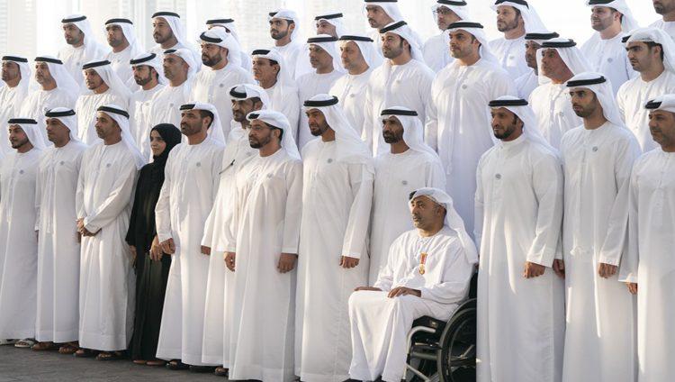 محمد بن زايد: نستلهم من أبطالنا وتضحياتهم قيم الوفاء والانتماء