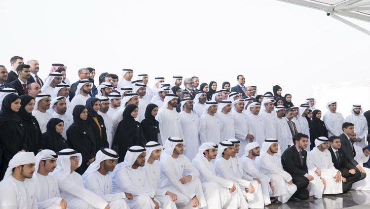 محمد بن زايد: خليفة يدعم العملية التعليمية ويتابعها بشكل مستمر