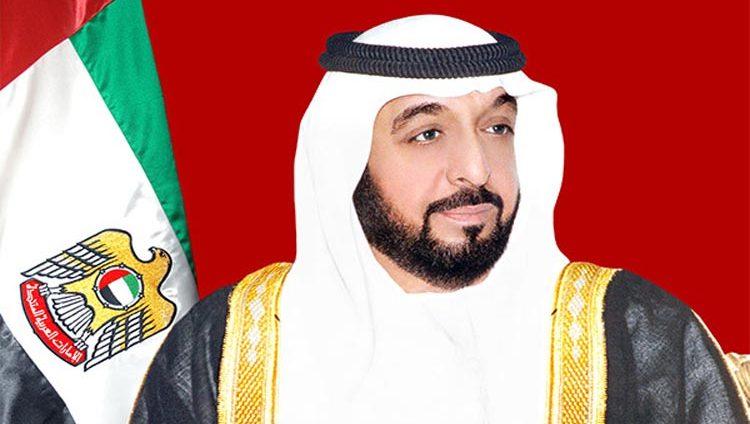 رئيس الدولة ونائبه ومحمد بن زايد يهنئون الحاكم العام لكومونولث البهاما بعيد الاستقلال