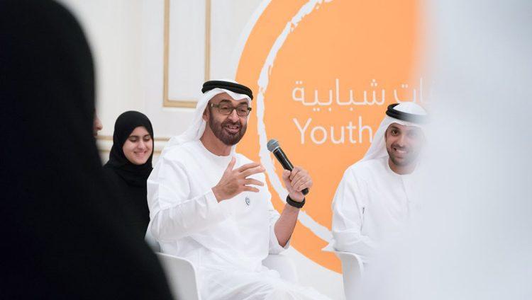 """محمد بن زايد يطلق """" المبادرة العالمية لشباب الإمارات """" لتفعيل دورهم في خدمة الوطن"""