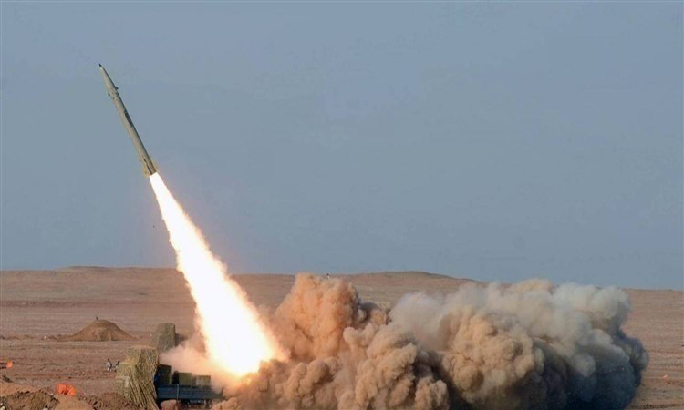 الدفاع الجوي السعودي يعترض صاروخاً باليستياً أطلقه الحوثيون باتجاه المملكة