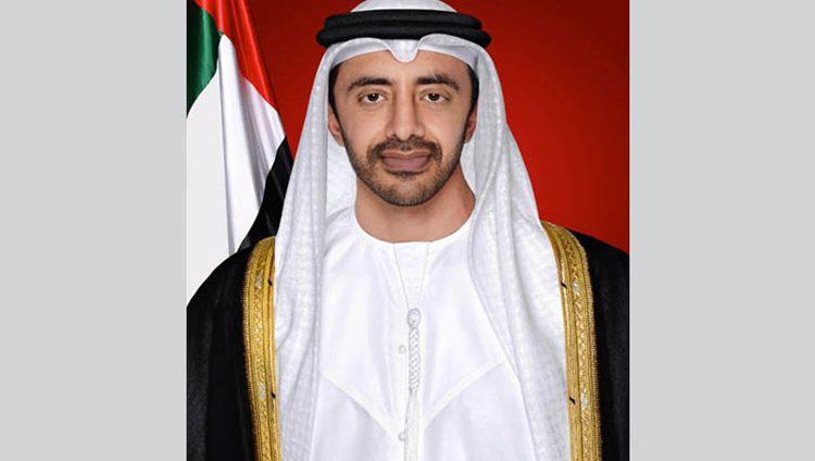 عبدالله بن زايد يلتقي طلبة الإمارات الدارسين في المملكة المتحدة