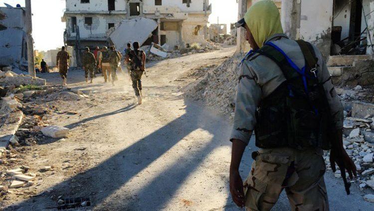 المرصد السوري: انسحاب أول فصيل مسلح من إدلب