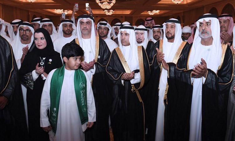 سيف بن زايد يحضر حفل السفارة السعودية بمناسبة اليوم الوطني الـ 88 للمملكة