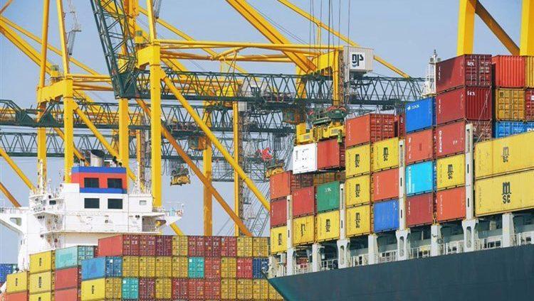 أكبر حزمة من الرسوم الأميركية الجديدة على الواردات الصينية تدخل حيز التنفيذ