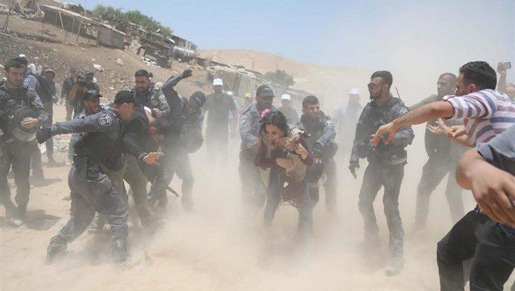 محكمة إسرائيلية تؤيد هدم قرية خان الأحمر في الضفة