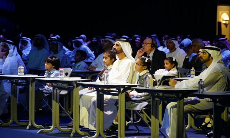 محمد بن راشد يدشن مشروعاً تعليمياً مجانياً يخدم 50 مليون طالب عربي