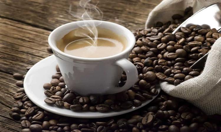 """#يوم_القهوة_العالمي يتصدر """"تويتر""""…""""في مرارتها لذة ومن رائحتها تفوح الذكريات"""""""