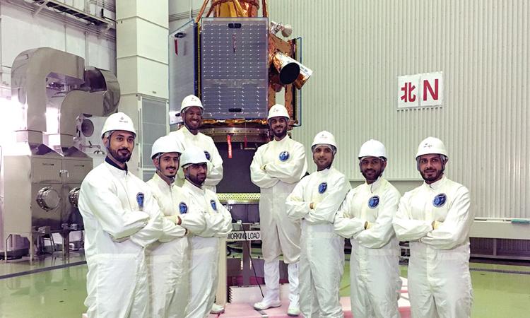 فريق عمل إماراتي في اليابان للوقوف على جاهزية «خليفة سات»