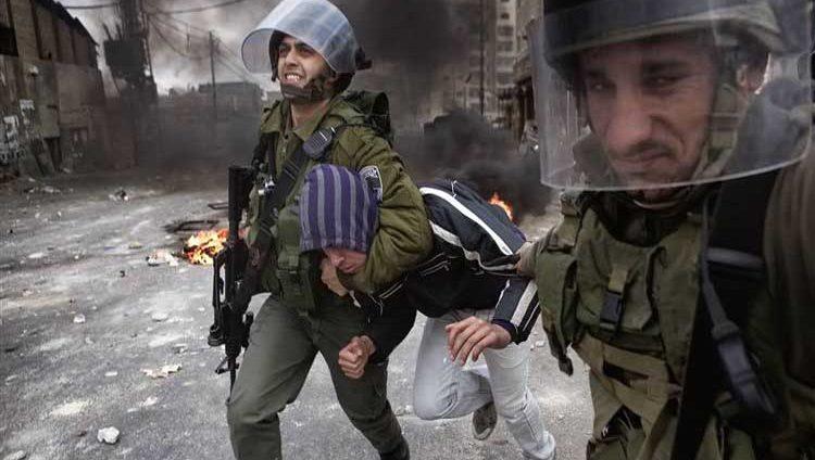 قوات الاحتلال تعتقل 19 فلسطينياً في الضفة