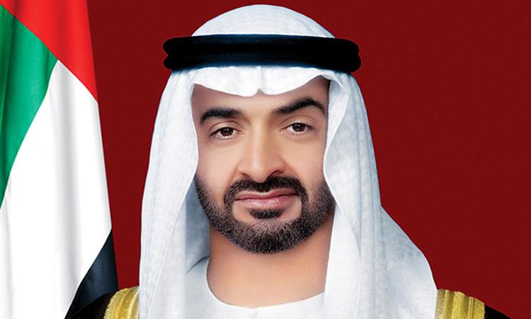 محمد بن زايد: الإمارات وعمان أخوة متجذرة وعلاقات راسخة