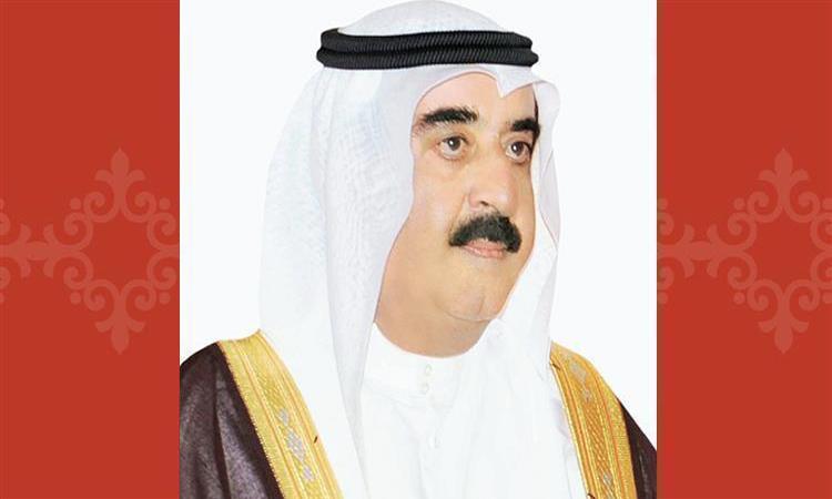 حاكم أم القيوين يهنئ سلطان عمان باليوم الوطني لبلاده