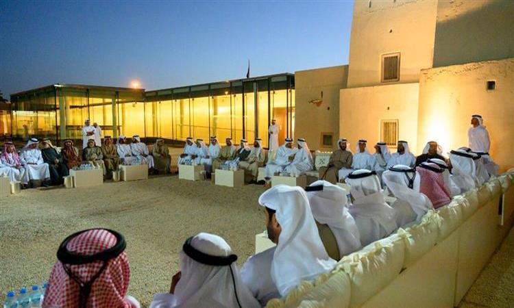 محمد بن زايد: خليفة حريص على التواصل مع أبناء الوطن والتعرف على أحوالهم