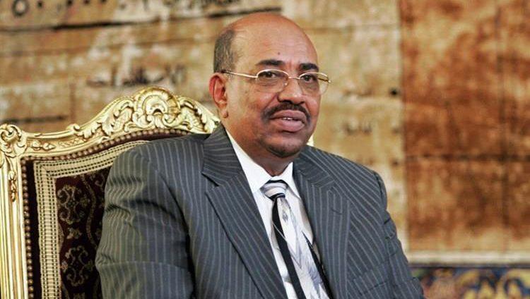 الحكومة السودانية تتلقى دعماً كبيراً للقمح والوقود من دول عربية