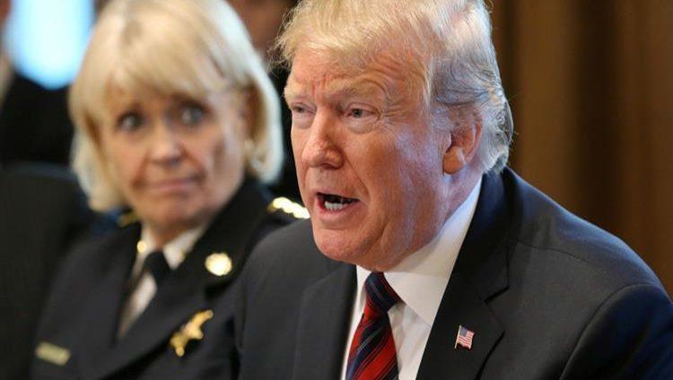 ترامب يتعهد بالاعتراض على مشروع قانون لمنع إعلان حالة الطوارئ