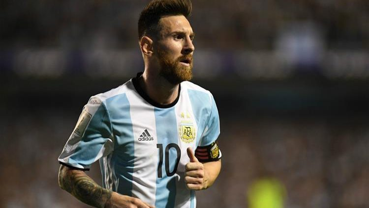 ميسي ينضم لمعسكر منتخب الأرجنتين في مدريد وأوتاميندي يغيب