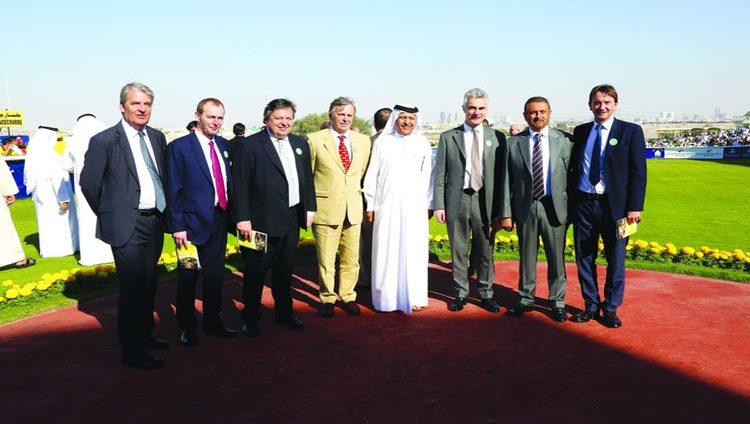 غاي هندرسون: علاقات مهمة تجمع «آسكوت» بمضامير دبي