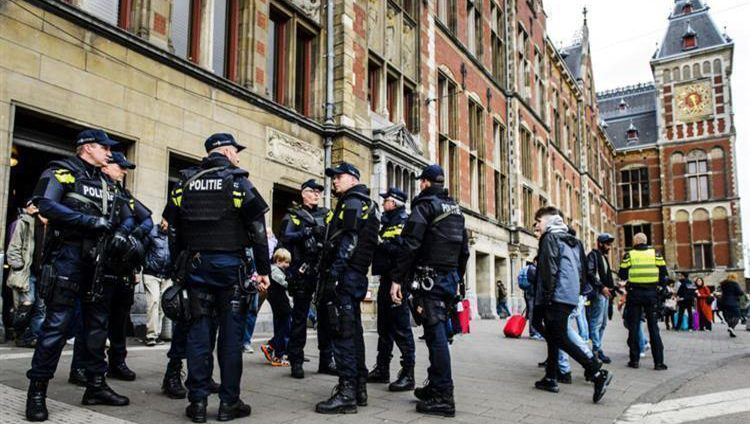 هولندا: رفع مستوى التحذير الأمني لأعلى درجة في مقاطعة أوتريخت