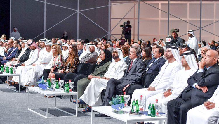 محمد بن راشد يشهد افتتاح فعاليات منتدى الإعلام العربي