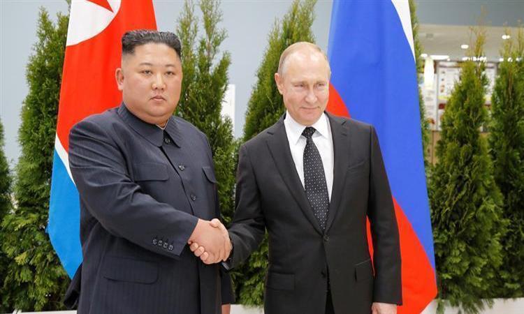 انطلاق أعمال القمة بين بوتن وكيم في روسيا