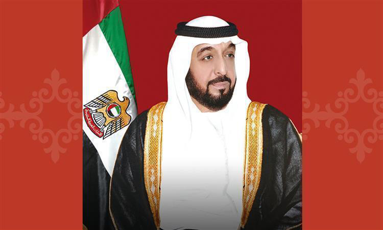رئيس الدولة ونائبه ومحمد بن زايد يهنئون الملكة إليزابيث الثانية بيوم ميلادها