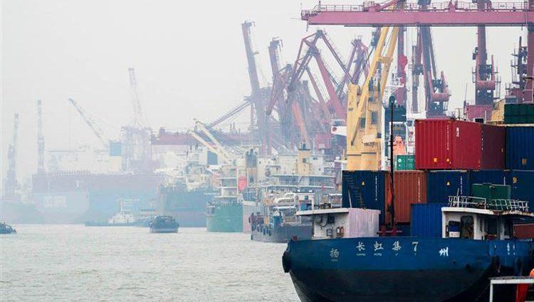 بعد فرض رسوم أخرى على بكين.. ترامب ليس متعجلاً لإتمام اتفاق تجارة مع الصين
