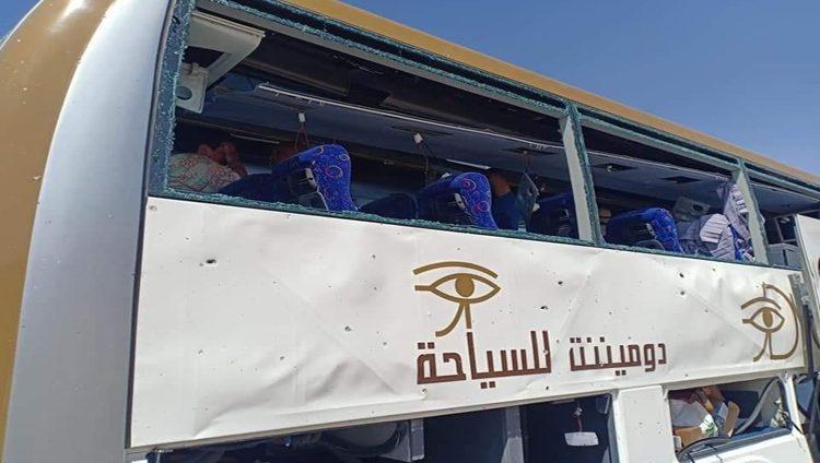 جرحى في انفجار استهدف حافلة سياحية في مصر