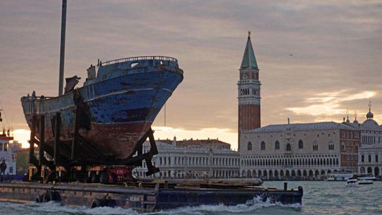 بينالي فينيسيا… بين موضوعات الهجرة والشعبوية