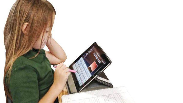 مدارس خاصة تدمج مواد الفصلين الأول والثاني مع امتحانات الفصل الثالث
