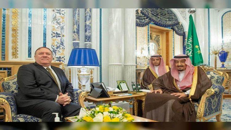 خادم الحرمين و وزير الخارجية الأمريكي يستعرضان مستجدات الأحداث الإقليمية والدولية