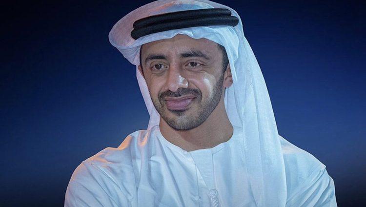 عبد الله بن زايد يزور متحف برج الساعة في مكة المكرمة