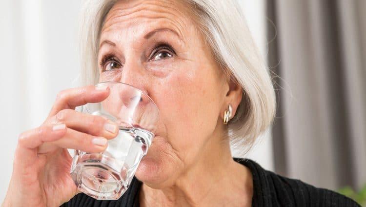 3 نصائح لكبار السن في الصيف