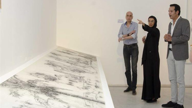نورة الكعبي تزور بينالي القاهرة الدولي للفنون