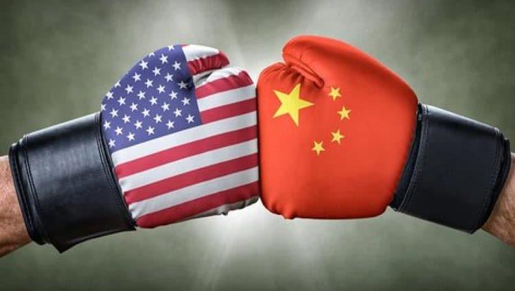"""الصين ترغب في حل """"هادئ"""" للحرب التجارية مع أمريكا"""