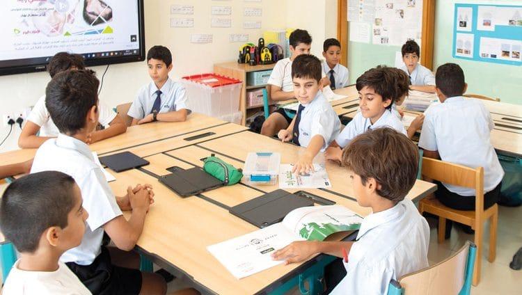 ذوو طلبة يقترحون 7 لغات لتدريسها في المدرسة الإماراتية