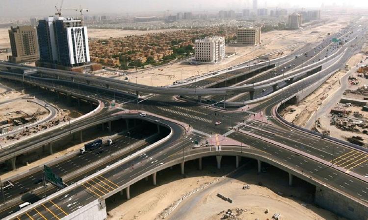 """""""طرق دبي"""" تفتتح مشروع تطوير شارعي اليلايس والأصايل"""