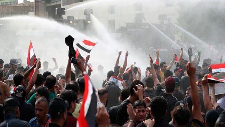 رئيس الوزراء العراقي يعلن حظر التجول في بغداد