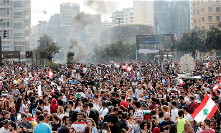 الإمارات تدعو رعاياها لمغادرة لبنان وتحذّر من السفر إليها