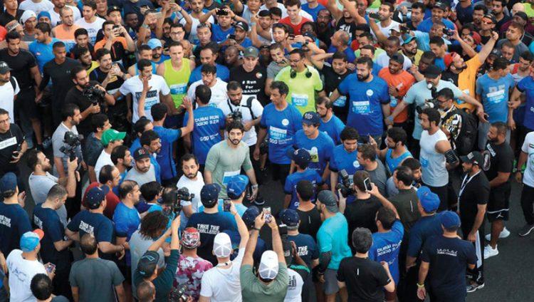 70 ألفاً في «دبي للجري» بشـارع الشيخ زايد