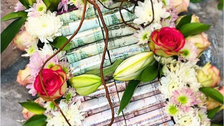 «منع تزيين الورود بالفلوس» يجتاح مواقع التواصل.. ومتابعون: «قرار طال انتظاره ..