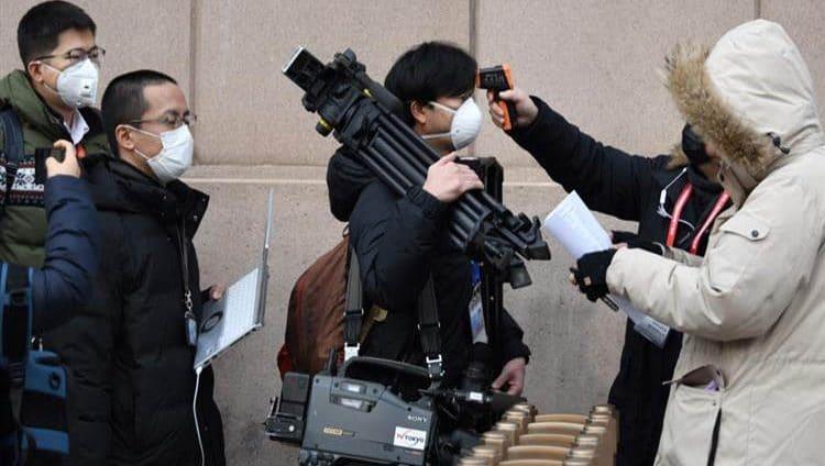 الصين: قدرة فيروس كورونا على الانتشار تزداد قوة