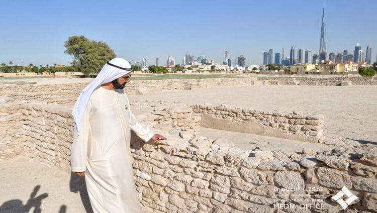 محمد بن راشد يزور موقع جميرا الأثري