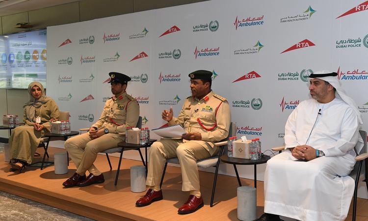 خصم مخالفات مرورية بـ60 ألف درهم من سائق في دبي