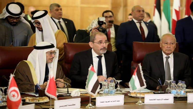 قرقاش يرأس وفد الدولة في اجتماعات وزراء الخارجية العرب بالقاهرة