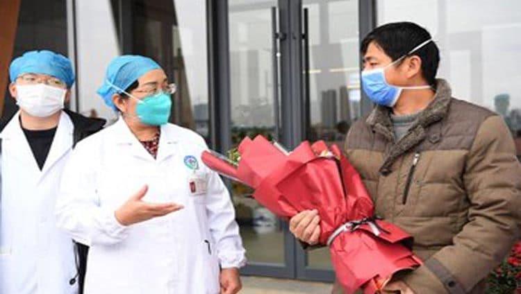 شفاء 328 شخصاً مصاباً بفيروس كورونا وخروجهم من المستشفى