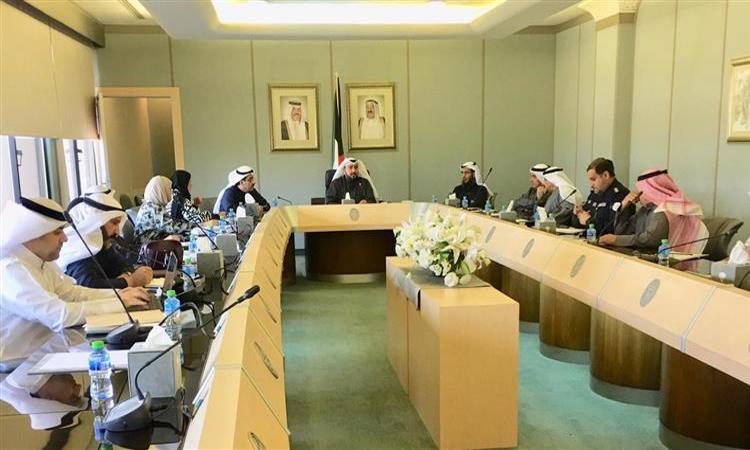 الكويت تجلي رعاياها من إيران بسبب «كورونا»