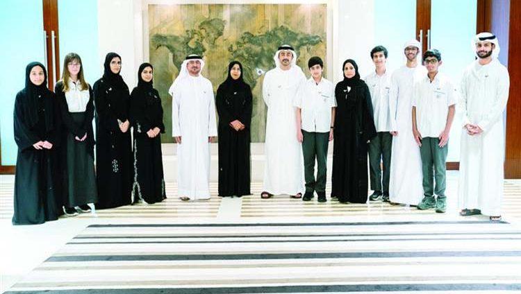 عبدالله بن زايد: أبناؤنا ثروتنا وبسواعدهم نصل إلى الريادة العالمية