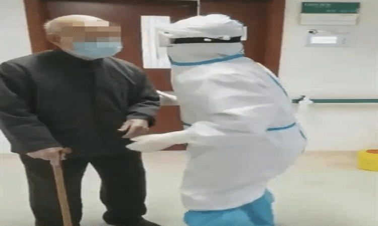 شفاء معمر في سن الـ 101 عاماً من فيروس كورونا