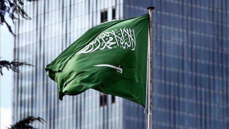 السعودية تمدد فترة إقامات الوافدين المنتهية لمدة 3 أشهر دون مقابل